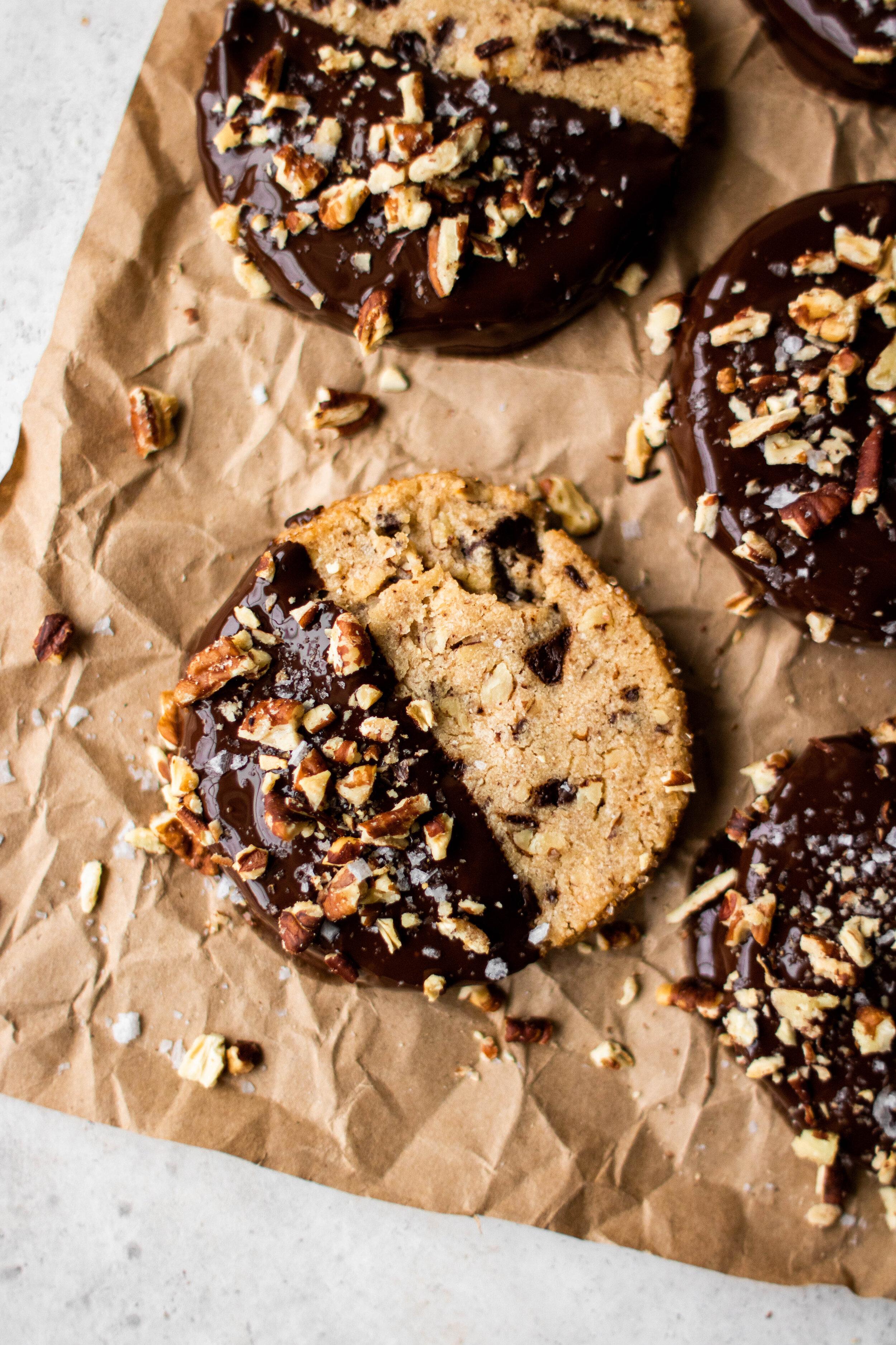 slice + bake pecan chocolate chunk shortbread cookies