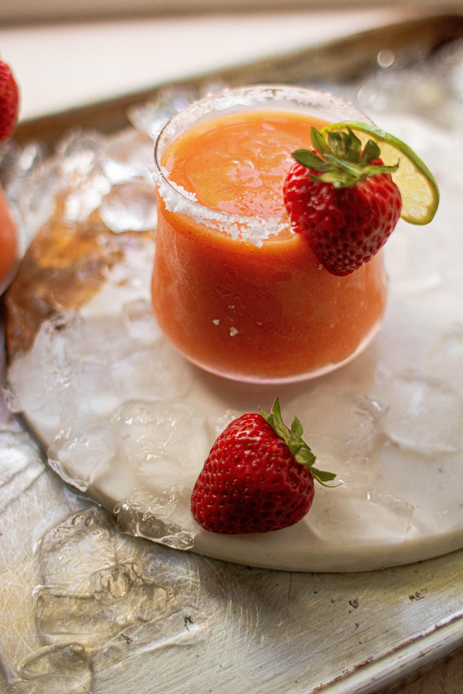 frozen strawberry mango margaritas